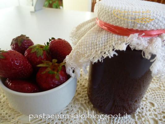 confettura di fragole al naturale