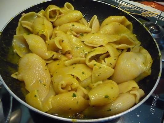 pasta con crema di patate ai calamari
