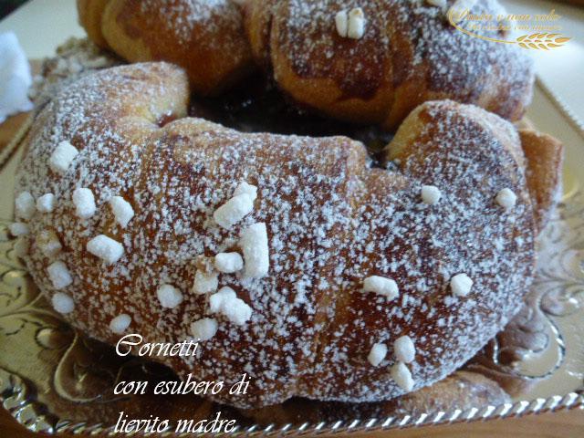 cornetti con esubero lievito madre3