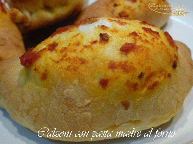 calzoni con pasta madre al forno