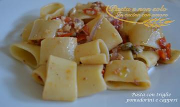 pasta con triglie pomodorini e capperi1