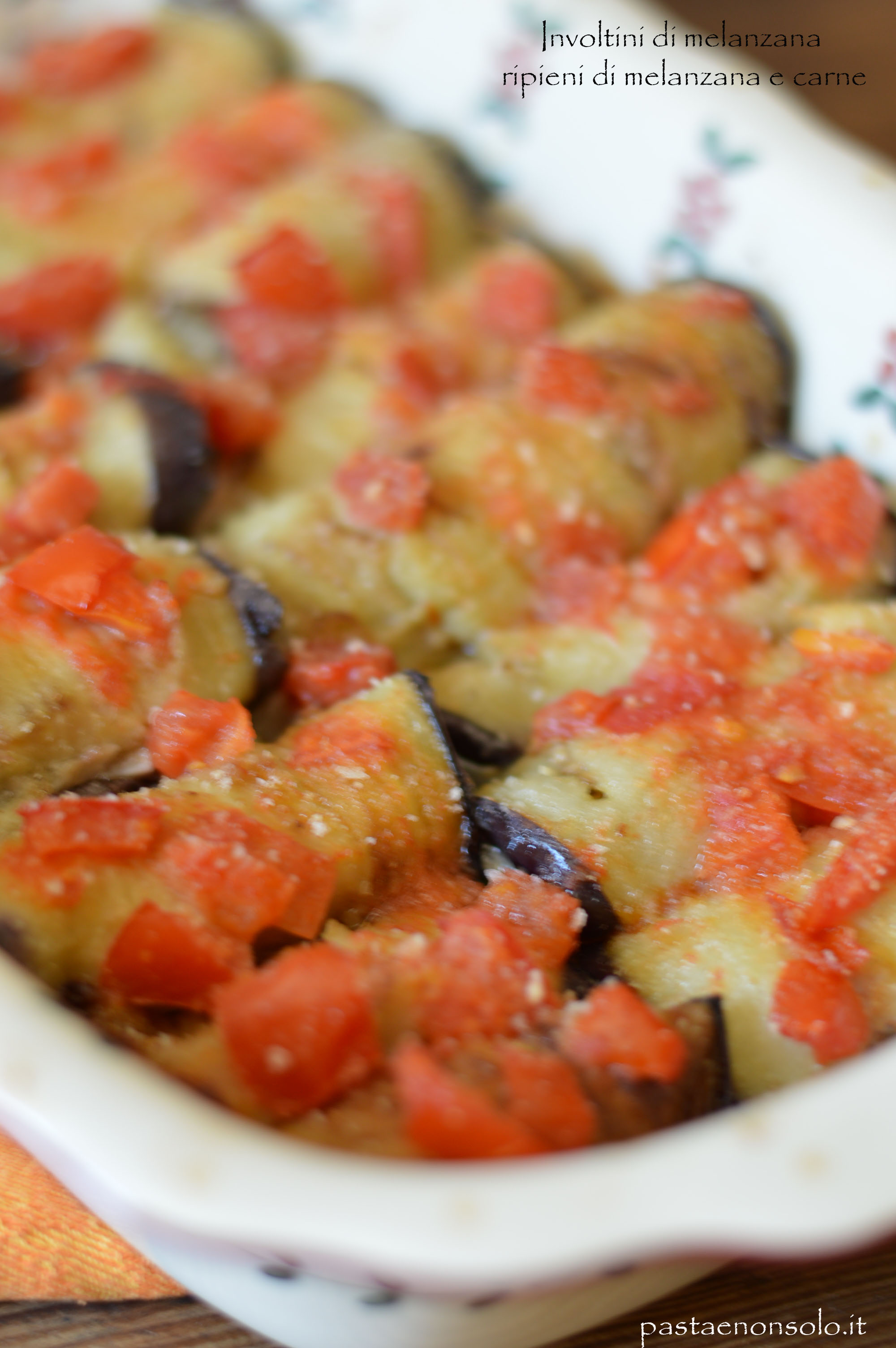 involtini di melanzana ripieni di melanzana e carne