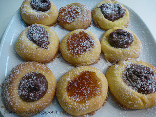 soft cookies with jam